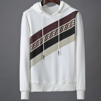 Fendi 2019 autumn and winter new letter printing men's casual hooded sweater white