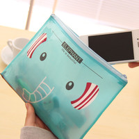 Korean Chain Cartoons Creative Zippers Bags = 4877845252