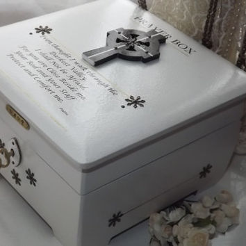 PRAYER Lock BOX. White and Bronze Wooden Prayer Box. Can PERSONALISE Brass Plaque. Keepsake, Affirmation, Trinket, Jewellery box. Religious.