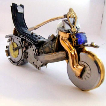 Motorcycle statuette motorbike Made of old watches Miniature bike retro gift for men motorcycle style Home Decor Office Gift Sculpture Metal