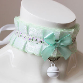 Kittenplay collar - Mint meadow - ddlg bdsm proof princess pleated pastel kawaii choker with bow and lace - kitten pet play green and white