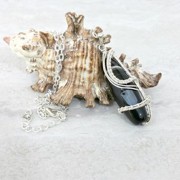Wire Wrapped Agate Pendant Necklace Silver