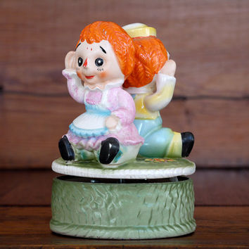 1960s Raggedy Ann and Andy Music Box // Vintage Raggedy Ann Raggedy Andy