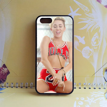 iphone 4 case,iphone 5 case,sony xperia z2 case,Google Nexus 5 case,sony xperia z1 case,iphone 5s case,Bulls,Samsung s5 Case,Samsung S4 case