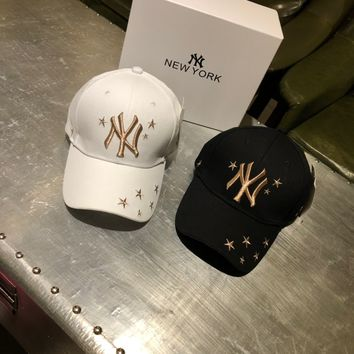 """New York Yankees"" Unisex Fashion Casual Multicolour Five-pointed Star Letter Embroidery Duck Tongue Cap Baseball Cap Couple Sports Cap Hat"
