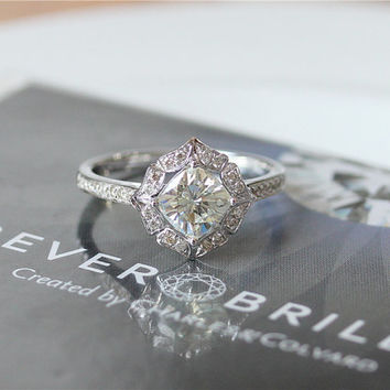 1ct Cushion Cut Forever Brilliant Moissanite Engagement Ring/Vintage Floral Moissanite Engagement Ring/Unique Wedding Ring/Bridal Ring Set