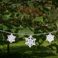 Crochet snowflake garland, crochet christmas decoration, christmas crochet bunting, christmas decor, winter wedding garland.