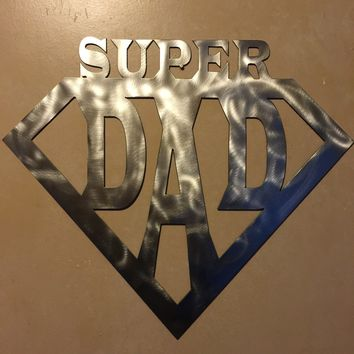 Super Dad / 2 Footer / Metal Art