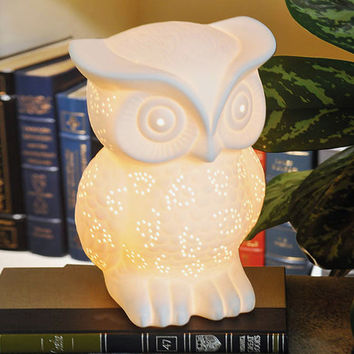 White Owl Lamp