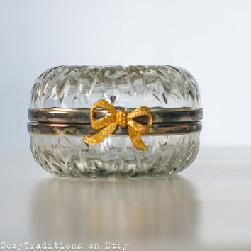 Glass Jewelry Box, Retro Clear Trinket Box, Keepsake Box, Round Glass and Metal Jewelry Box with a Gilt Bow, Gift for Her