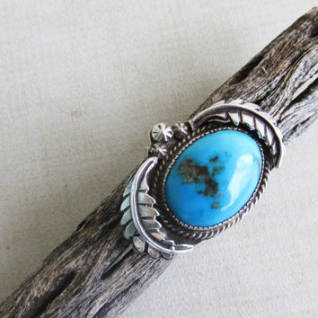 Vintage Turquoise Silver Ring, 9 3/4 Size, Arizona, Southwest Native American Design, Oval Turquoise Silver Ring, Detailed Flower Leaf Bezel
