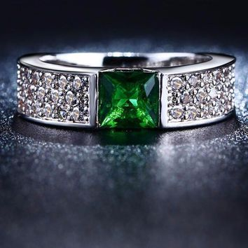 White Gold Plated Green AAA Zircon CZ Women Ring Wedding Band