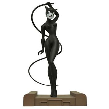 Batman: The Animated Series Catwoman Gallery Statue