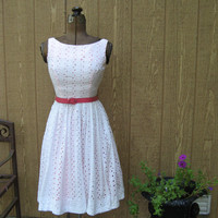 Darling Vintage 1950's White Eyelet Lace Party Dress Sun Dress s/m