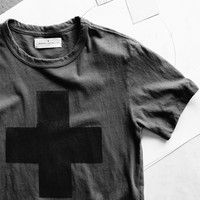 "imogene + willie · hand printed ""plus"" tee"