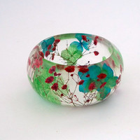 Red Baby's Breath with Blue and Green Hydrangea  Resin Bangle.  Chunky Bangle with Pressed Flowers.  Real Flowers -Botanical Jewelry