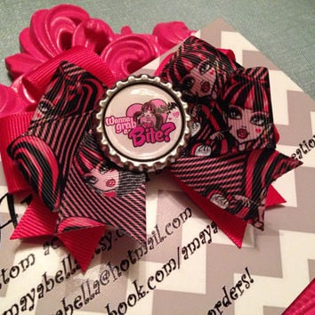 Ready To Ship Monster High Draculara bow  by AMAYABELLA on Etsy