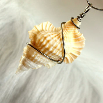 Wire wrapped maple leaf seashell pendant wire by UniqueNecks