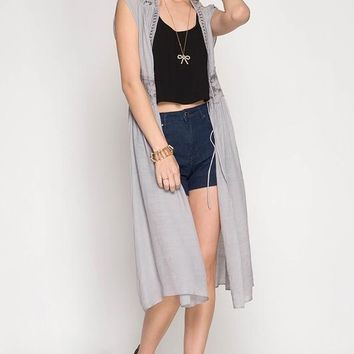Sleeveless Midi Cardigan Vest with Lace Trim & Tie Waist - Grey