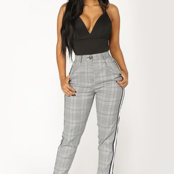Break Even Plaid Pants - Black/White