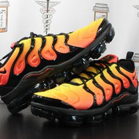 "AUGUAU Nike Air Vapormax Plus ""Total Orange"""