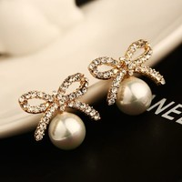 Glamour Rhinestone Bow And Pearl Ball Earrings