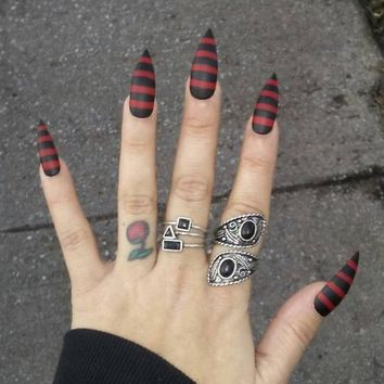Gothic Black Red Stiletto Nails Matte Striped Press On Claws