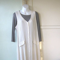 Medium-Large '80s/'90s Crinkly Cotton Jumper; White & Wheat Checks - Preppie/Grunge Sleeveless Dress/Jumper - Beige Checked Pinafore