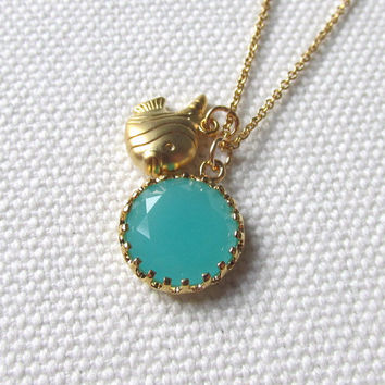 Turquoise Pendant Tropical Fish Necklace Cute Summer Jewelry Round Blue Green Pendant Modern Simple Necklace