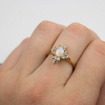 Vintage 1970s Oval Cut Pinfire Opal with Round Clear Austrian Crystals Gold Tone Star Shaped Ring Made in USA #R1615