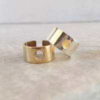 Wide Band Ring | O