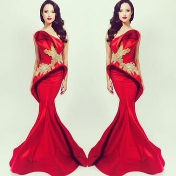 Mermaid Celebrity Dresses Beading Michael Costello Red Beads New 2017 with Brush Trains Fashionable Evening Gowns