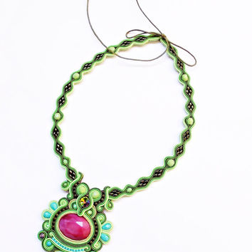 Soutache handmade jewelry. Cord necklace. Green necklace. Handmade statement soutache. Flashy jewelry. Unique gift for her.