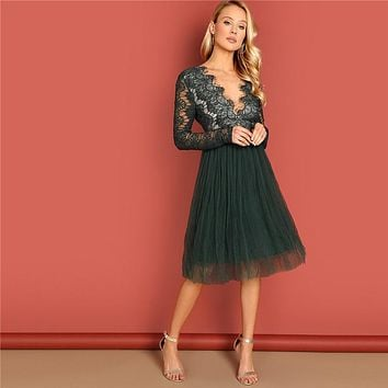 Green Deep V-Neck Lace Dress Long Sleeve High Waist Transparent Sexy Party Night Out Elegant Women Dresses