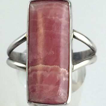 Vintage Pink Rhodochrosite Ring Pink Stone Sterling Silver Gemstone Ring 60s Jewelry Modernist Ring Estate Jewelry Mid Century Ring Size 9.5