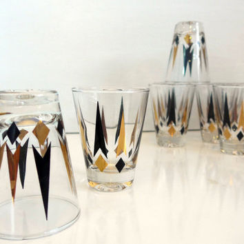 Vintage Golden Peaks Atomic Glasses Set of 8 Lowball Rocks Old Fashioned Diamond Arrow Gold Black Anchor Hocking Mad Men Mid Century