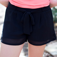 Vineyard Summer Shorts - Black