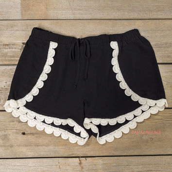 Need A Little Sweetness In My Life Black Scallop Crochet Trim Shorts