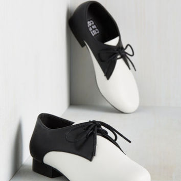 Saddle but Wiser Flat | Mod Retro Vintage Flats | ModCloth.com
