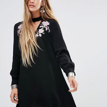 Glamorous Embroidered V-Neck Choker Detail Dress at asos.com