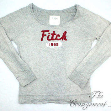 Abercrombie & Fitch Gray Vintage Inspired Crew Neck Long Sleeve - Misses Large