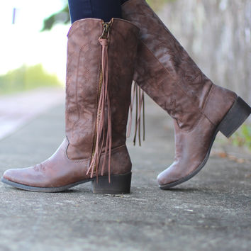 Madden Girl: Durant Cowgirl Tassel Boot {Brown}