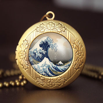 Great Wave pendant ,Great Wave  locket necklace, gift girlfriend boyfriend gift Bridesmaid Gift