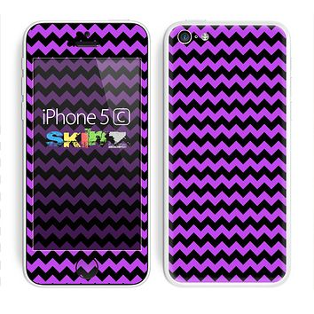 The Black & Purple Chevron Pattern Skin for the Apple iPhone 5c