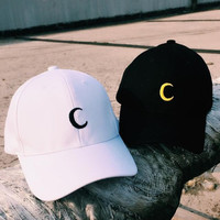 Moon Embroidery Breathable Sports Cap Baseball Cap Golf Hat for Men Women Gift 72