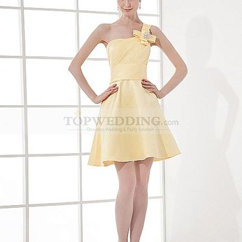One Shoulder Strap Satin Mini Bridesmaid Dress with Brooch and Flower