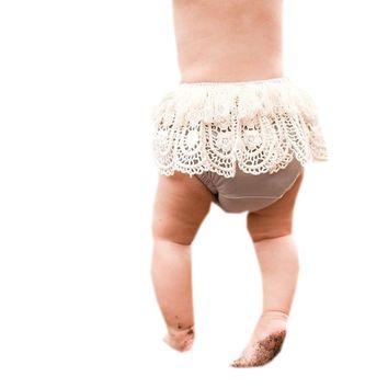 2018 Cute Baby Girls Infants Princess Kids Lace Ruffled PP Shorts Bloomers Diaper Cover Pants Summer Toddler PP Pants Diapers