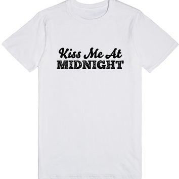 KISS ME AT MIDNIGHT NEW YEARS EVE SHIRT