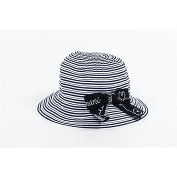 Armani Junior girls hat CE401 T1 K5