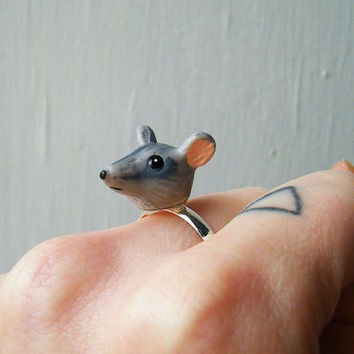 Adjustable Ring Vintage Plastic Mouse Head by theTriangleOfBears